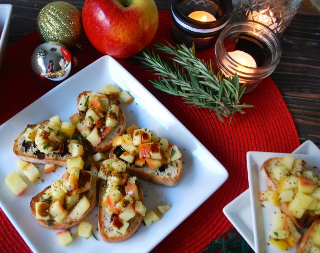 Fellowship of the Vegetable Garlic Rosemary Apple Crostini 6